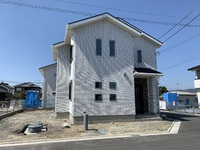 外壁総タイル張りのZEH(ゼロエネルギーハウス)の家! 和歌山市I様邸