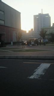 夕暮れ広場