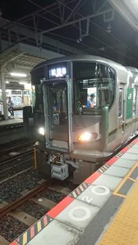試運転227系…和歌山駅にて