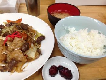『まるくま商店 』 ランチ 「和歌山市」料理