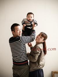家族写真をフォトスタジオで♡