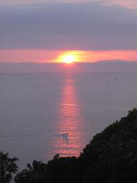 四国山地に沈む夕日!