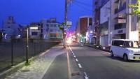 静かな夜の街