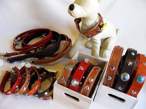 革首輪工房 with Dogsです。