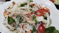 タイ料理と、手作りパン