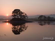 平池の日の出は絶景