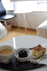小さなカフェ