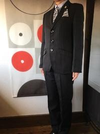 卒業式用のスーツ入荷!