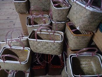籠バッグ入荷しました♪゜・*:.。. .。.:*・♪