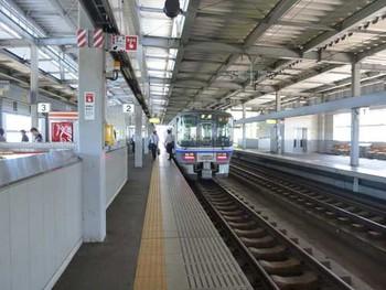 北陸線小松駅