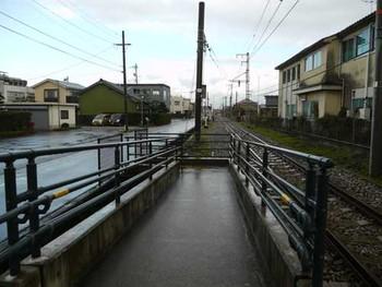 富山港線下奥井駅