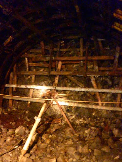池島炭鉱坑内情報