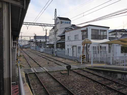 近鉄南大阪線御所駅