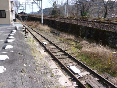 近鉄吉野線六田駅