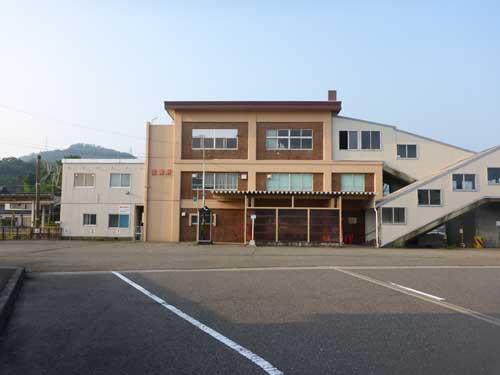 北陸線青海駅1