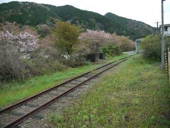 姫新線中国勝山駅