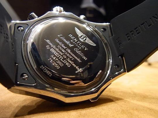 2012年新作ブライトリング ベントレーGMT 《V8》