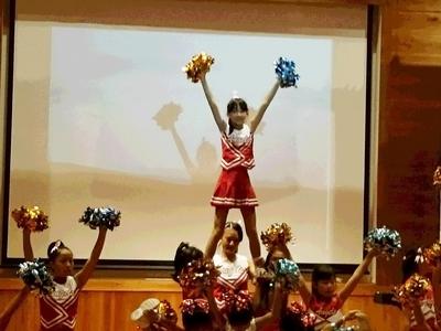 2016年10月9日の熊野本宮大社ピンクライトアップ チア演舞の様子