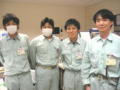 ピンクリボン着用者@社会保険紀南病院-中央監視室