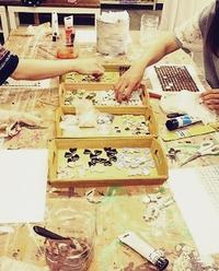 DIY教室♪素敵なタイルトレー色々できました!