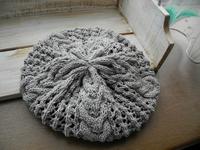 オーガニックコットンのベレー帽。