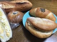 パンって食べ過ぎる。