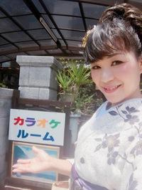 斎藤カラオケ演歌教室さんにて。
