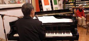 生ピアノでそのまま歌っちゃいました。