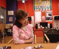 古都清乃さんが、カフェで取材を・・・