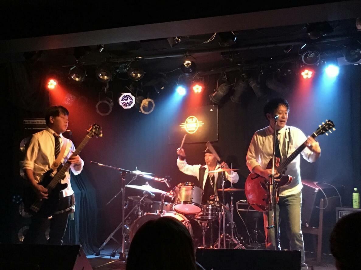 秋の文化祭ライブ