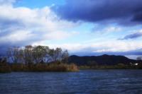 紀の川で 針穴写真