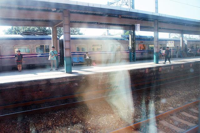 【台湾鉄道・苗栗】苗栗到着。車内検札。弁当は来ない(≧∇≦)