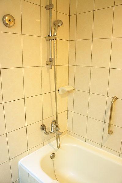【台湾・台南】民族路・剣橋大飯店の部屋公開(バスルーム)