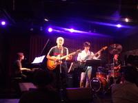 植松淳平バンドのライブです!