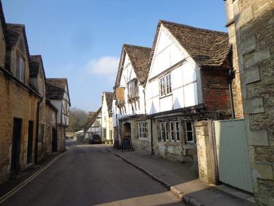 イギリスの雰囲気ある田舎街!
