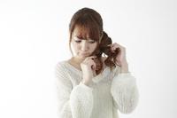 和歌山市小人町和歌山高等美容専門学校美容豆知識〜毎日のお手入れで変わる!髪をサラサラにする8つの方法〜