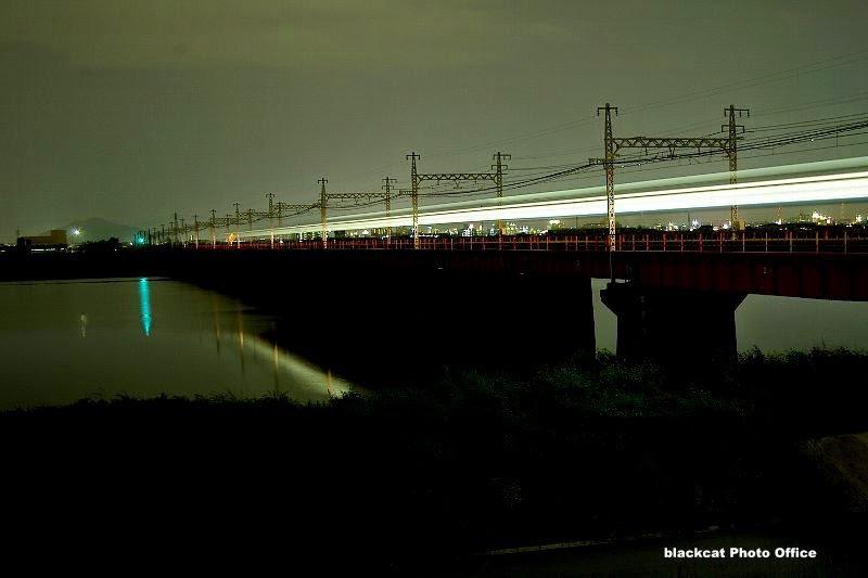 紀ノ川橋梁の夜景