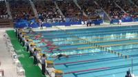 続いて、水泳競技大会に向かいました。