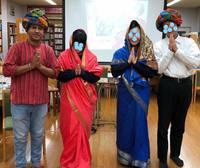 粉河高校でインド式ヨガ